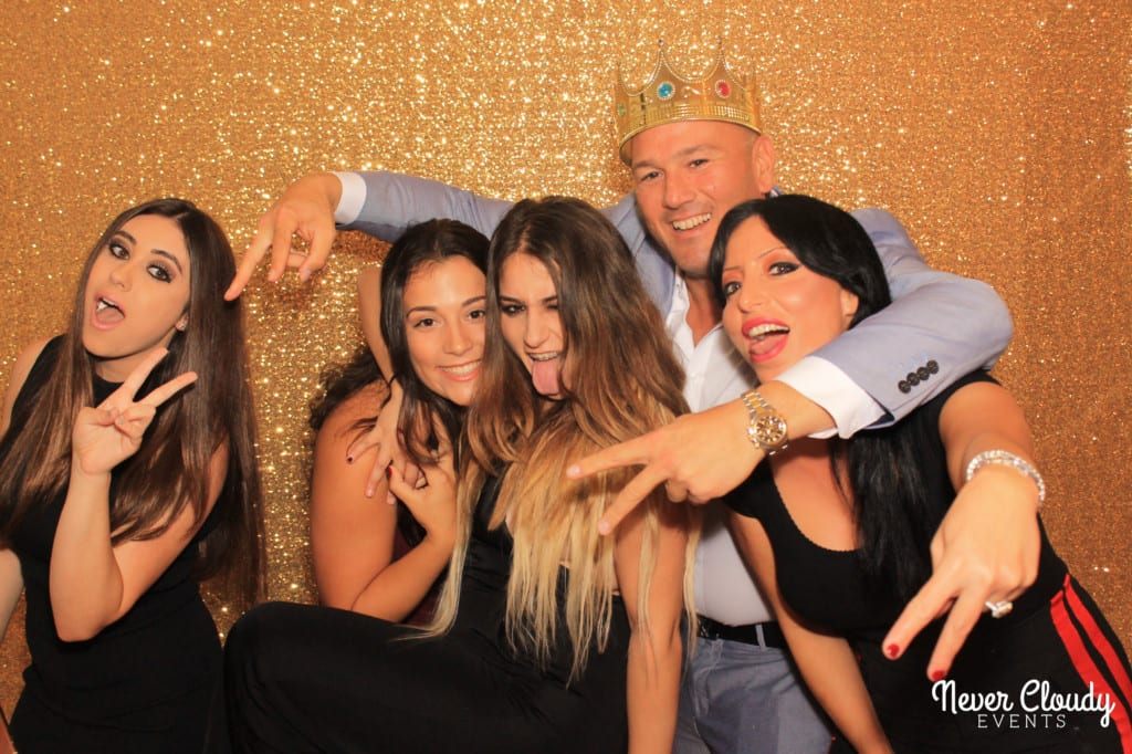 Group photobooth gold backdrop